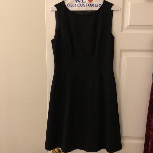 Elie Tahari Dresses & Skirts - Elie Tahari Black Dress